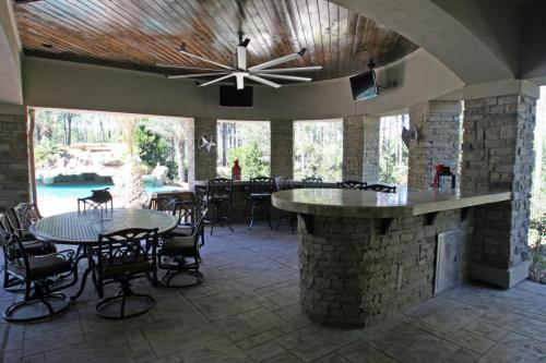 Outdoor Living Spaces (1)