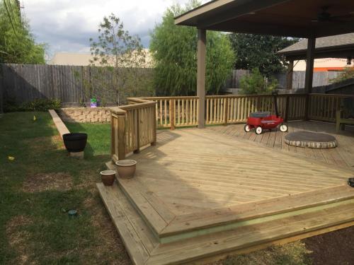 Wood Decks (12)