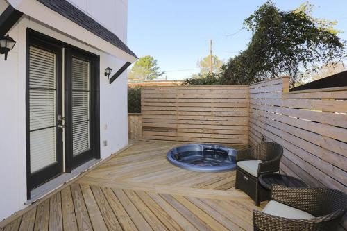 Wood Decks (26)
